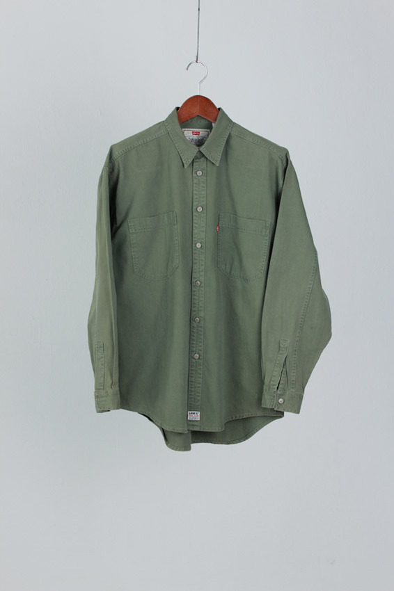 Levi's red-tab cotten shirt