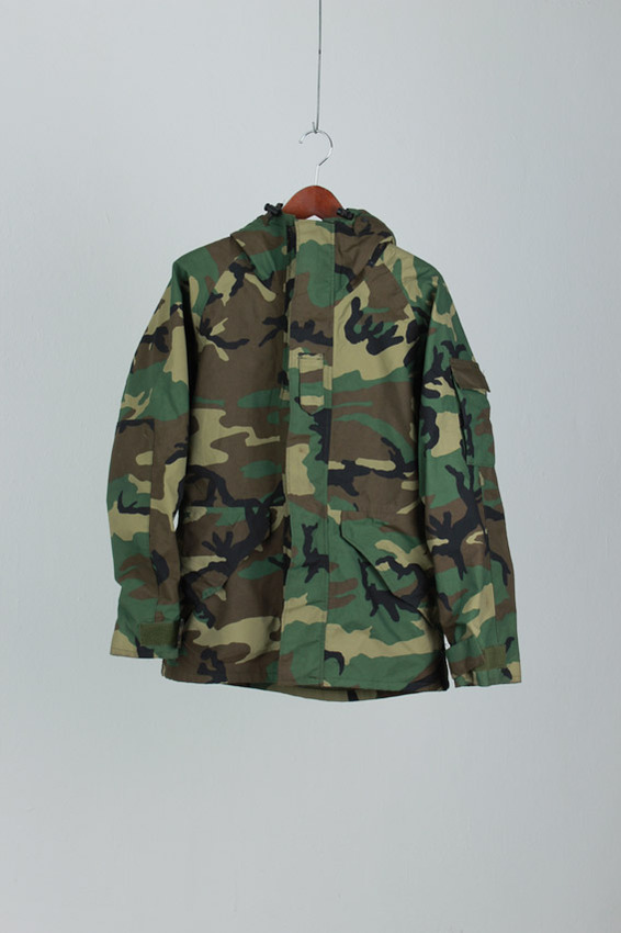 CAMOUFAGE GOER-TEX Jacket (S-R)